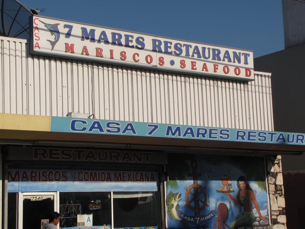7 Mares Restaurant